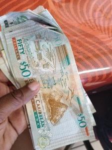 dollars caribéens